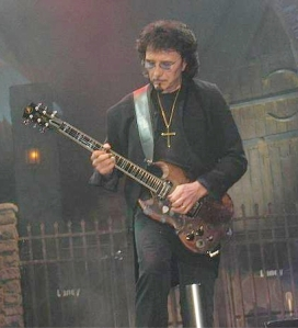 Tony Iommi of Black Sabbath performs at the Forum in 2005