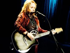 Melissa Etheridge Playing Her Signature Adamas Ovation Guitar