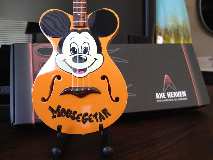 "Mickey Mouse ""Mousegetar"" Custom-Made AXE HEAVEN® Miniature Guitar"