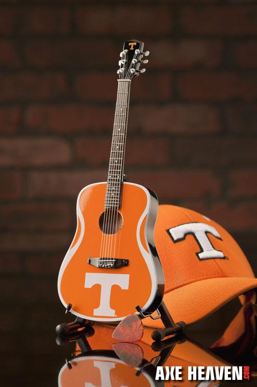 1_T_8073_Mini Guitar