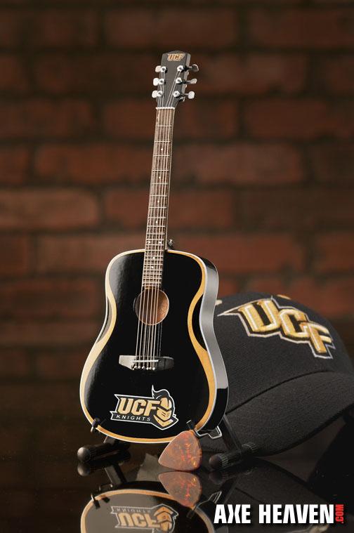 1_UCF_8097_Mini Guitar