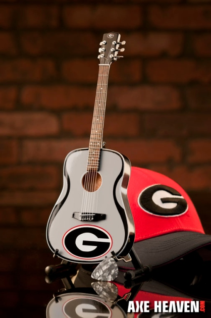 University of Georgia Bulldogs Miniature Guitar Replica Collectible