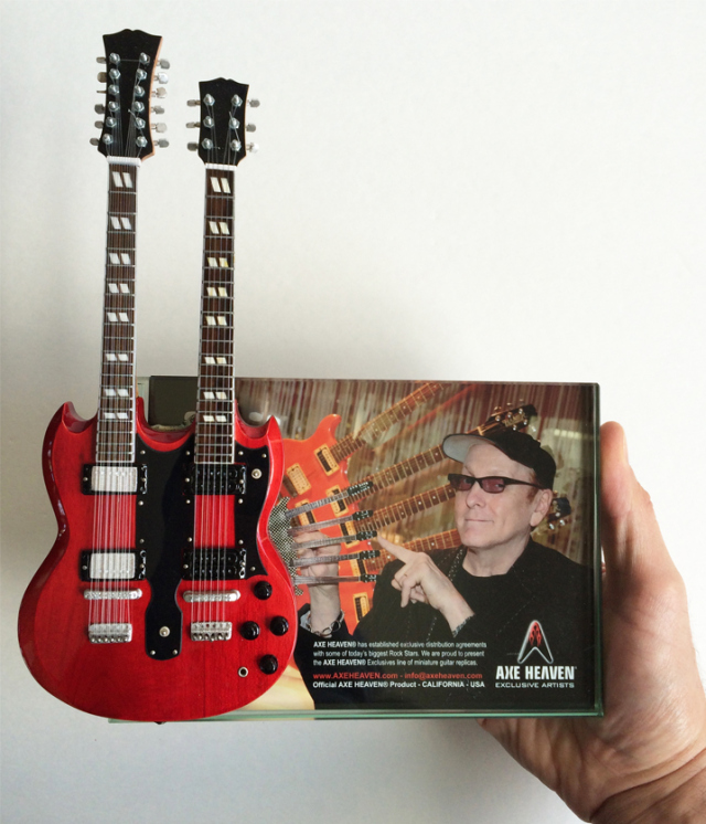 Double-Neck Mini Guitar Award by AXE HEAVEN®
