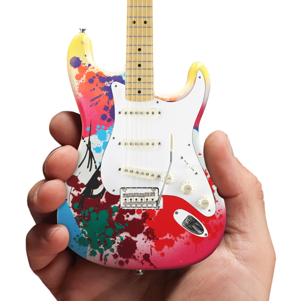 2019_CRASH_Eric Clapton_Strat_Virtual_Mini_Guitar_zoom