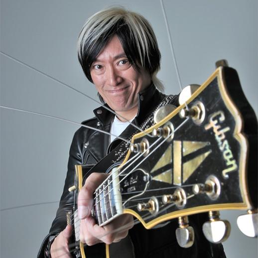 森純太 MORI JUNTA with His Gibson™ Les Paul Guitar